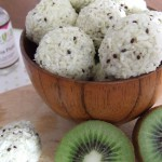 Kiwi Coconut fruity truffles – sugar free