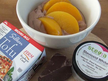 Silky cocoa tofu dessert sweetened with Stevia