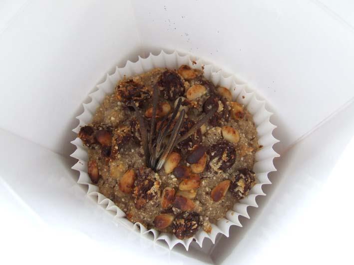 Castagnaccio cup cake close up in present box