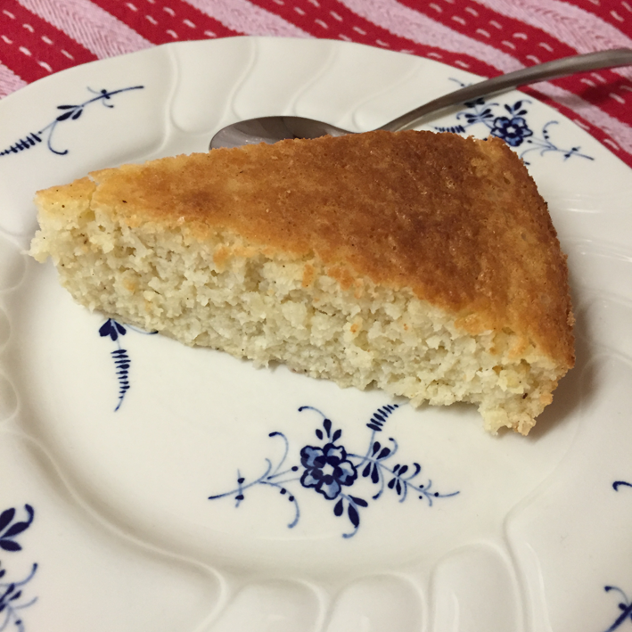 Zesty orange coconut cake – gluten and sugar free